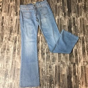 Light wash CAbi jeans